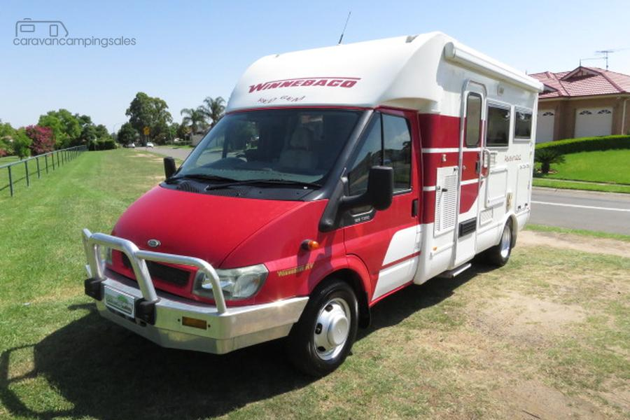 2006 Winnebago Adventurer AUTO LOW KMS